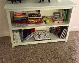 girls / teen Pottery Barn bedroom set + full mattress - platform bed with bookshelf , matching nightstands, dresser, desk & additional bookshelf