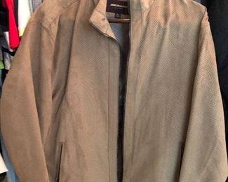 Men's L-XXL outerwear including Johnston & Murphy, Polo, Columbia, Izod, Zero Research, etc.