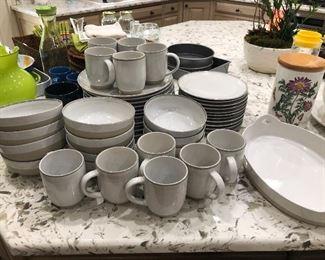 White & gray tableware, dish set