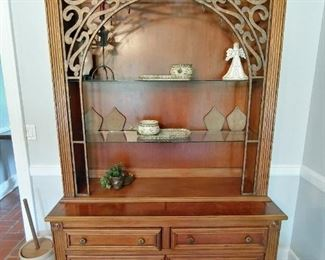 Buffet/Display with 6 drawers