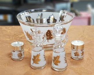 Gold Leaf Frosted Glass Salald Bowl Salt Pepper Oil Vinegar