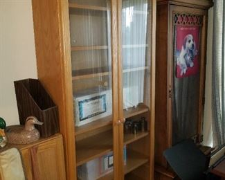 display cabinets and gun cabinet