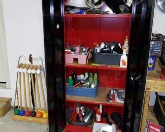 Craftsman standing tool cabinet