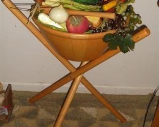 Wood fruit stand w/wood bowl & fruit