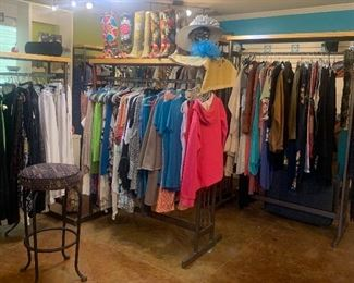 Ladies new boutique clothing at wholesale prices
