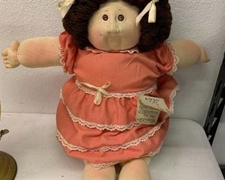 Vintage Xavier Roberts soft sculpture Cabbage patch little people doll with tags