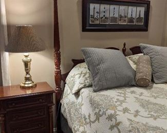 King bedroom suit with nightstands, chest of drawers, dresser