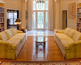 Gorgeous home with beautiful furniture, art, accessories. LOTS of books! Several sofas!