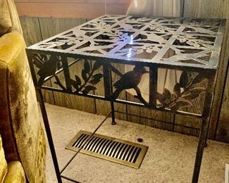 Iron Table WITH BIRDS