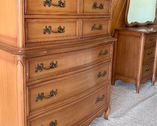 CHERRY Double Dresser