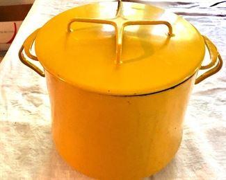 "$60 Round covered casserole Detail - 9"" diam, 8"" H."