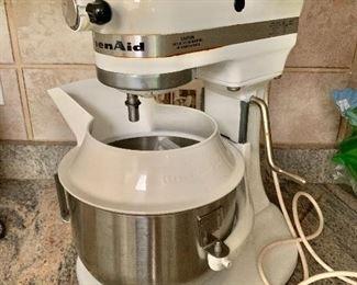 $140 - KitchenAid mixer