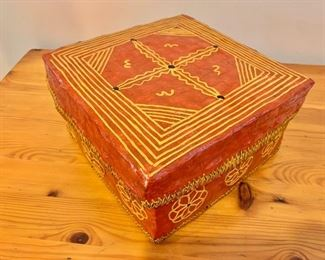 """$40 - Arts and crafts box - 4.5"""" H, 8"""" W, 8"""" D."""