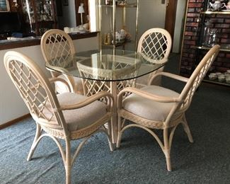 * PRESALE NOW Kitchen/Dining Set of 4 Chairs and a Glass Table $135. Call / Email me for a scheduled time to come see during PRESALE.