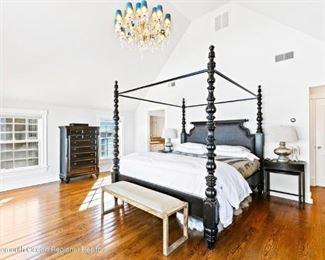 Thomas Bahama King size bed