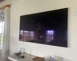 LG TV Original Price $7000