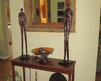 Stylish Sofa Table & Mirror