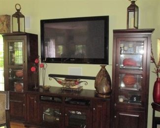 Entertainment Center we WILL SEPARATE