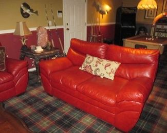 Natuzzi Leather Living Room Suite