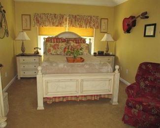 Hooker Bedroom Suites