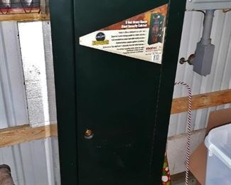 Stack-On gun security cabinet