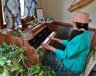 Antique Sears & Roebuck pump organ