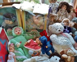 Vintage Cabbage Patch dolls in original packaging