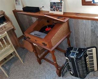 Working retro record player