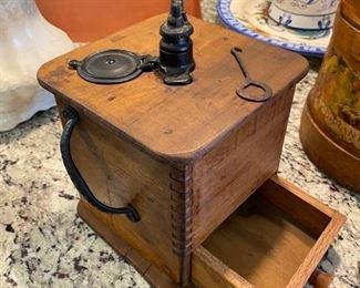 Working coffee grinder