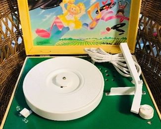 Cabbage patch record player!