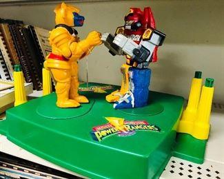 MIGHTY MORPHIN POWER RANGERS 1994 ROCKEM SOCKEM ROBOTS SABAN GOLDBAR VS MEGAZORD