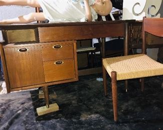 Mid century modern desk and chair, little girl mannequin on top of desk