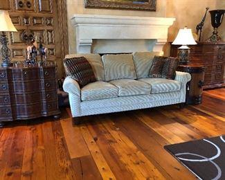 Hancock & Moore Sofa (nearly new)