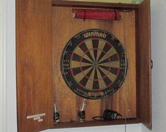 Dart Cabinet with WINMAU Dart Board