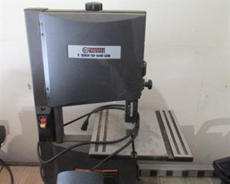 """Central Machinery 9"""" Bench Top Band Saw"""
