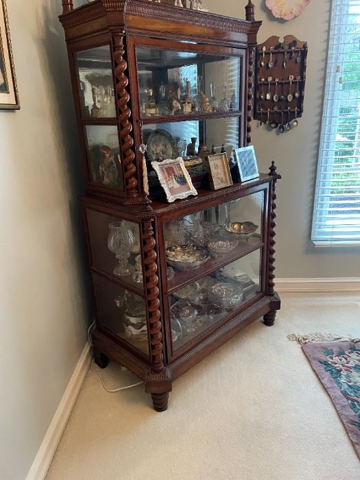 This is a stunning piece -- a beautiful CURIO filled with treasures!