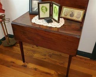 drop leaf card table, walnut