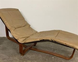 Leather Chaise Lounge by Ingmar & Knut