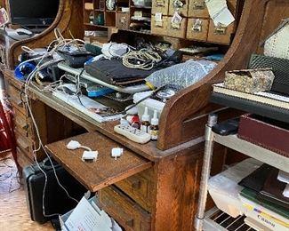 Oak roll top desk $675