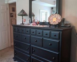 Dresser to match Queen Panel Bed