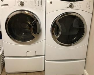 GE Front Load Washer and Dryer on Pedestals