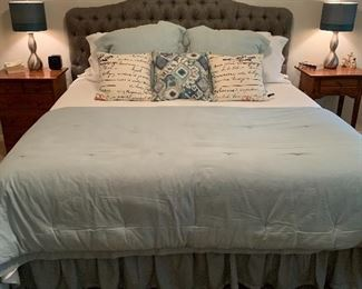 $650- OBO/ King bed with mattress and boxsprings