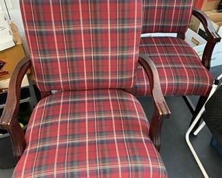 2 plad chairs