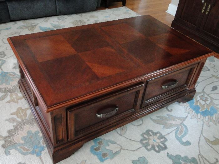 Raymour and Flanagan 2 drawer Coffee table on wheels