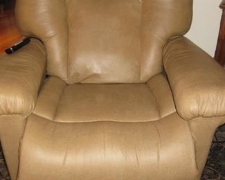 Leather Lazy-boy-recliner