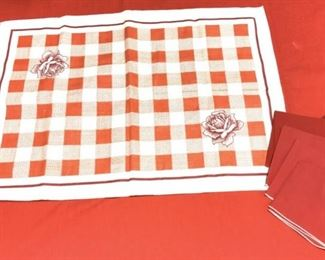 Lot Vntg Linen Tablecloths, Napkins, Valences