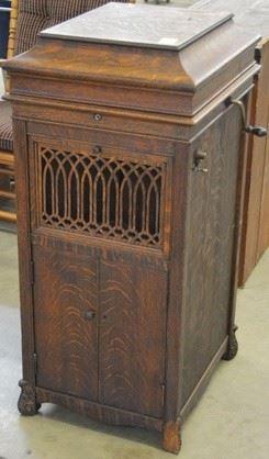 1603 - Oak Kimball Phonograph