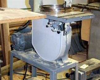 """Rockwell International Electric Vertical Band Saw Model 14 On Steel Stand, Powers On, 65.5"""" x 16"""" x 34"""""""