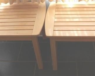 32 - Pair wooden end tables 27 x 22 x 21