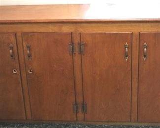 60 - Wood cabinet 32 x 61 x 16